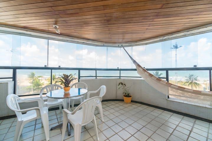 Suíte em Lindo Ap a Beira Mar, na Av. Boa Viagem - Recife - Wohnung