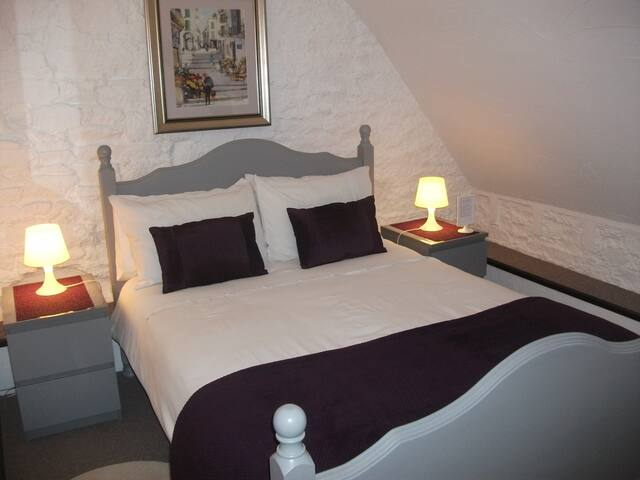 Le Mont St Michel - suite for 6 - Saint-Marcan - Bed & Breakfast