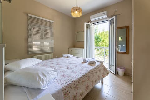 George's  3bedroom house in fragata village