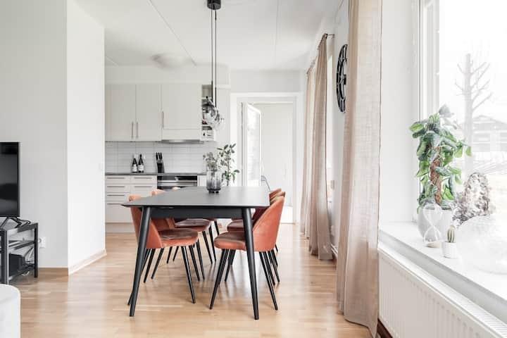 Ny lägenhet i centrala Visby uthyres veckovis