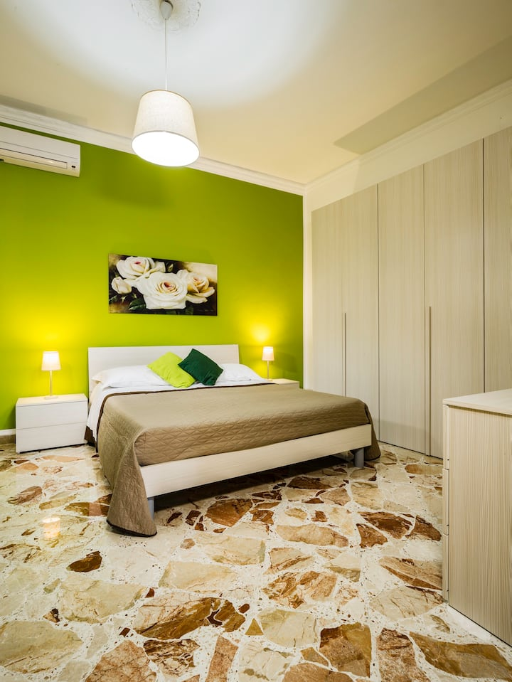 Apartment comfort near Palermo airport and the sea
