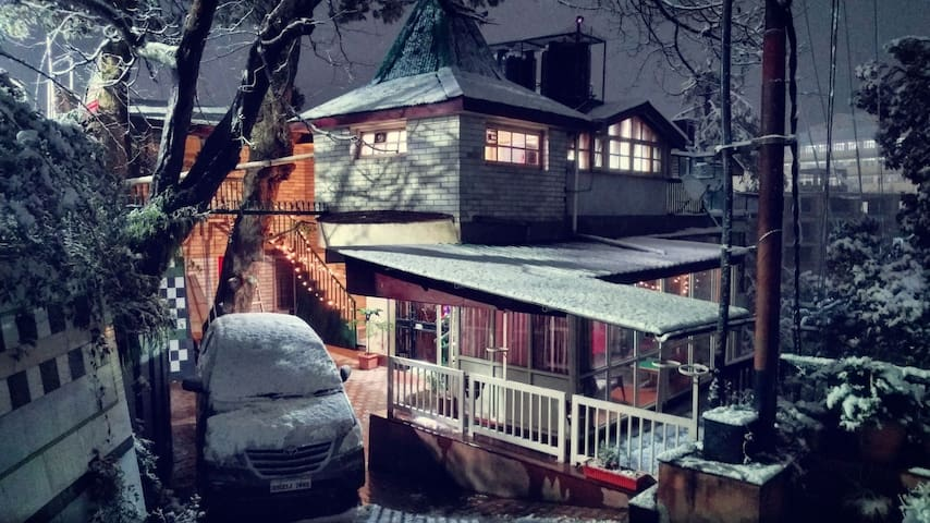 A Boutique drive-in villa in DOWNTOWN SHIMLA.