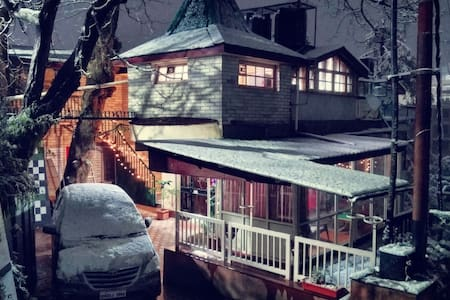 A Plush drive-in villa in DOWNTOWN SHIMLA.