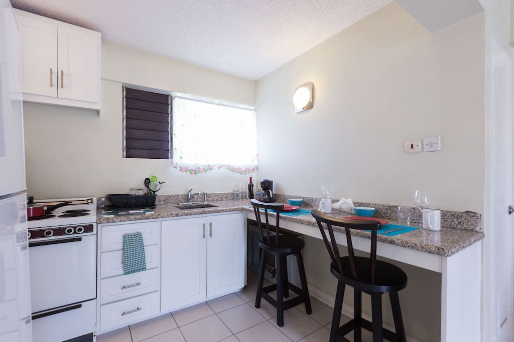 One Bedroom Centrally Located Apartment Condominiums For Rent In Kingston St Andrew Parish