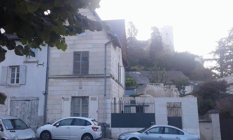 MELODIE (maison rénovée au pied du château)