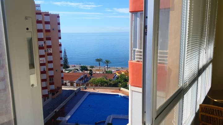 Bonito piso en la Playa / Apartment on the Beach!