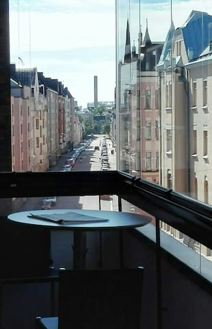 Modern 2-room apartment with a view @ Kaivopuisto