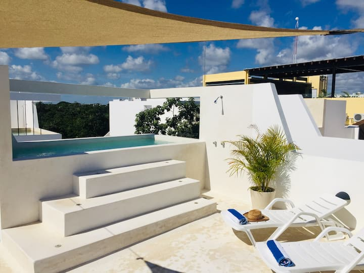 ☀︎Spacious Studio with huge private balcony! #1.3
