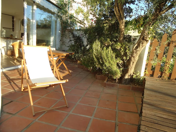 Ample patio+ Sea view -Lovely flat!
