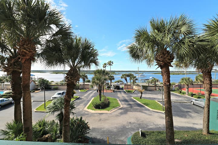 Direct Oceanfront 2/2 with Private Balcony!  Ground Floor Condo, Easy Access to Pool, Boardwalk, Parking.  Windjammer 109