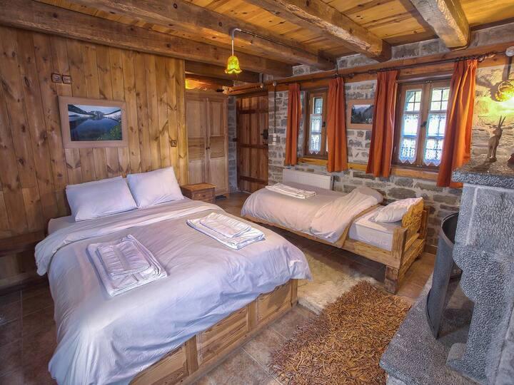 KID'S ROOM -Triple Room