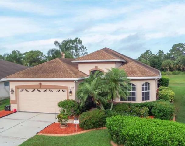 Healthy Lifestyle Home & Community in Sarasota Co.