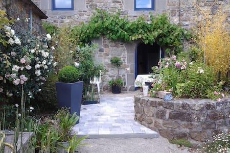 Petite maison de caractère - Plougastel-Daoulas