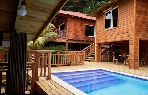 Sirena cabana at villa escondida