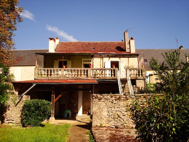 Maison de village - Martel - Martel - Hus