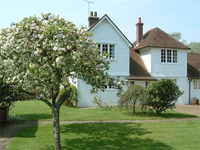 Highcroft Cottage, Burley, New Forest - Burley