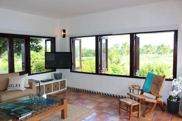 Villa Amelia, Peaceful Oasis in Beautiful Rio Mar