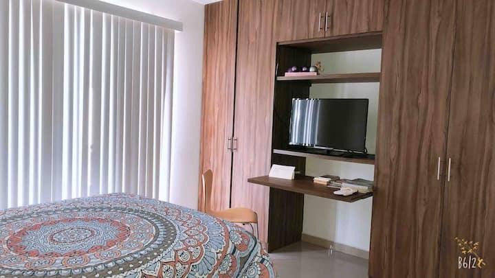 Habitación privada y cómoda en zona residencial