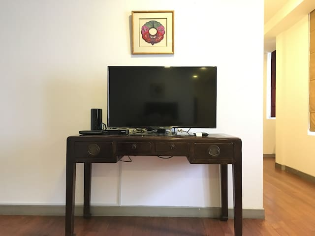 Studio Apartment (Opposite Chinatown MRT)