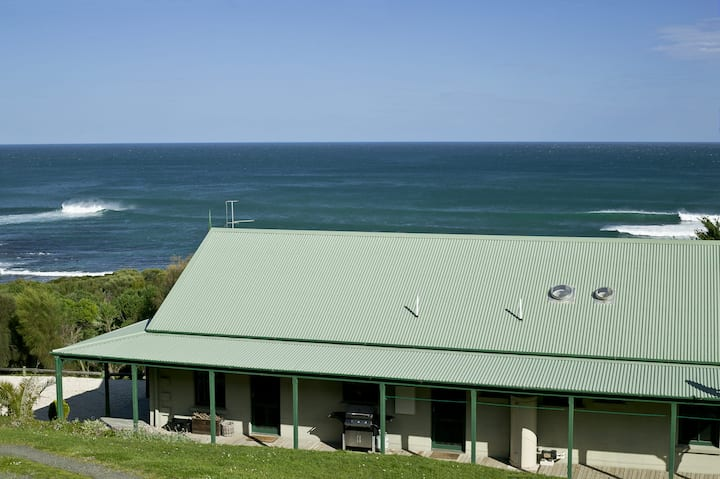 BENNETT'S BEACH HOUSE - GREAT OCEAN ROAD - APOLLO BAY