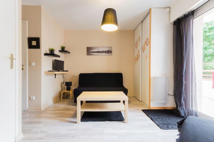 Joli studio Port de Vannes avec jardin - Morbihan