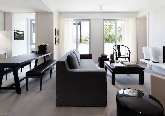 Two Bedroom Luxury Apartment - Stay minimum of 14 nights and save more