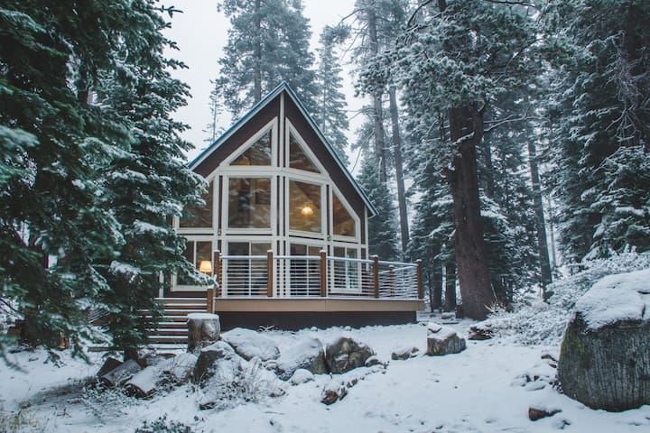 Peaceful Retreat Amongst the Pines - Old Tahoe - Soda Springs - Cabaña