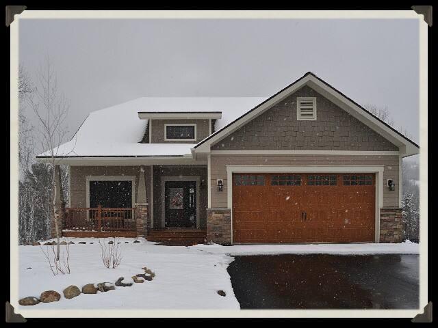 Comfortable & Luxurious Giants Ridge Residence !!