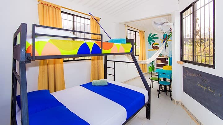 Lovely bunk bed/triple room + pool and terrace