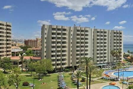ESTUDIO EN HOTEL 1 LINEA PLAYA - Torremolinos