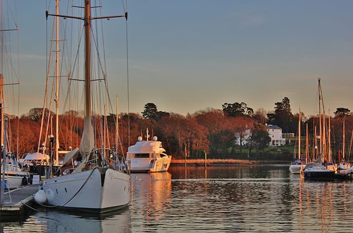 Nature Lovers Paradise - Stay on the Hamble River