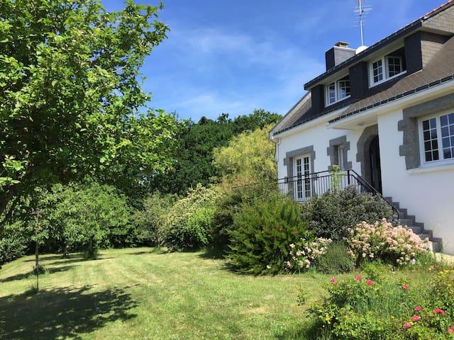 Plage de Suscinio - Charmante maison, grand jardin