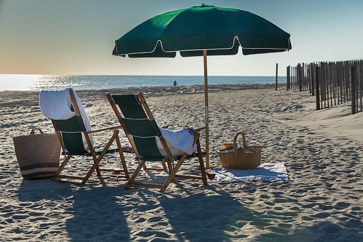 PEPPERTREE ATLANTIC BEACH 11/5/17 TO 11/12/17 ONLY