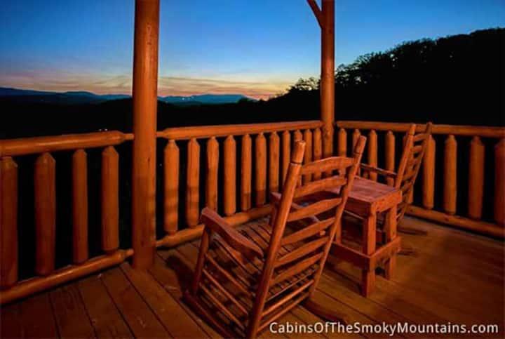 Glorious Dawn, Mesmerizing Views, PetsOK