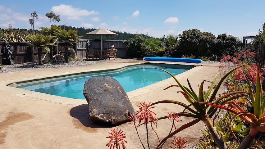 Panoramic views with swimming pool