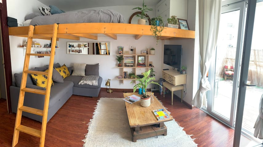 Cute and Comfortable Loft Apartment