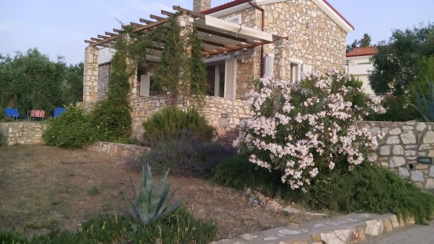 «Aquamarine» - Thasos - Huis