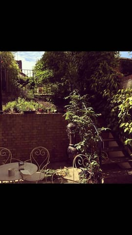 Cosy room in East London, Hackney /Broadway Market