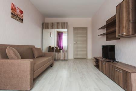 "Уютная комната ""малина""/comfortable flat - Moskva"