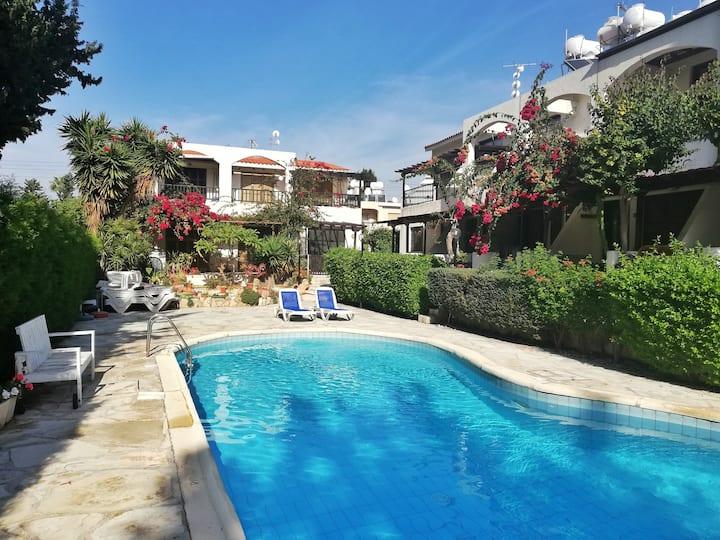 1-bedroom Wi-Fi near the sea Paphos