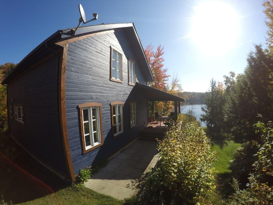 La maison bleue et cabane dans les arbres houses for rent in ste marcelline qu bec canada - Canada maison close ...