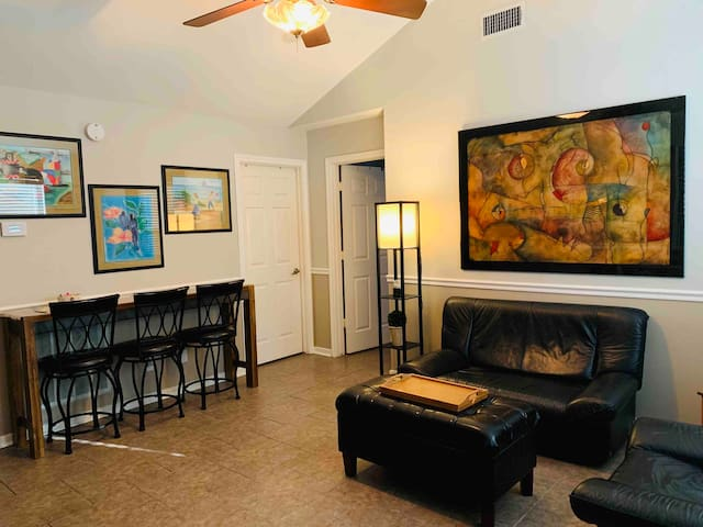 Private 2 Bedrm. Apartment-Friendswood/Pearland TX
