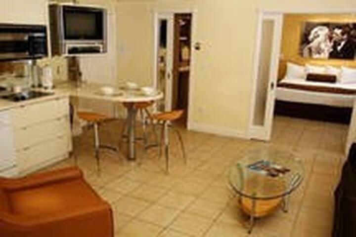 Miami South Beach: beautiful apartment @ beach