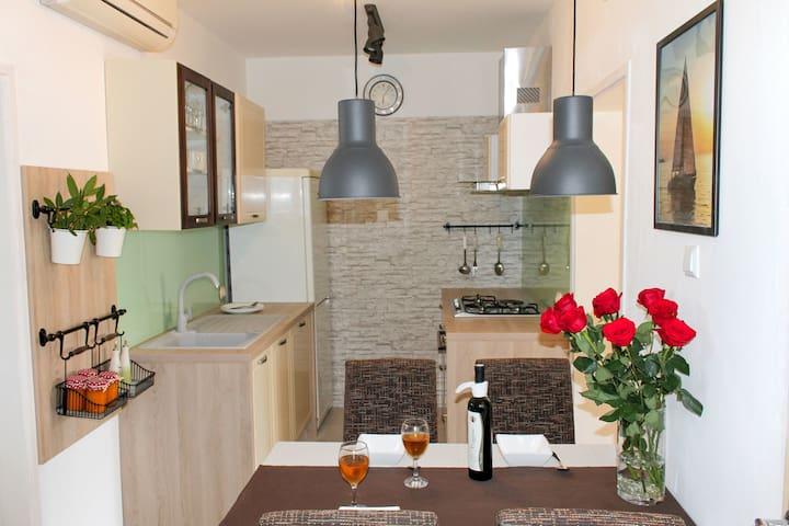 A4+1 - Lukoran - Lägenhet