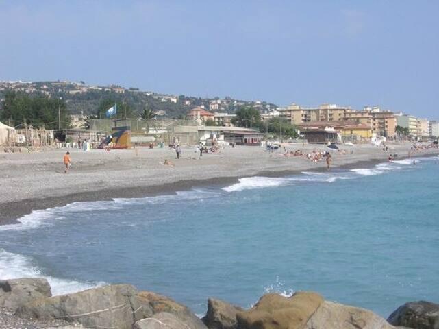 Hotel del ponte Camporosso- Ventimiglia 102