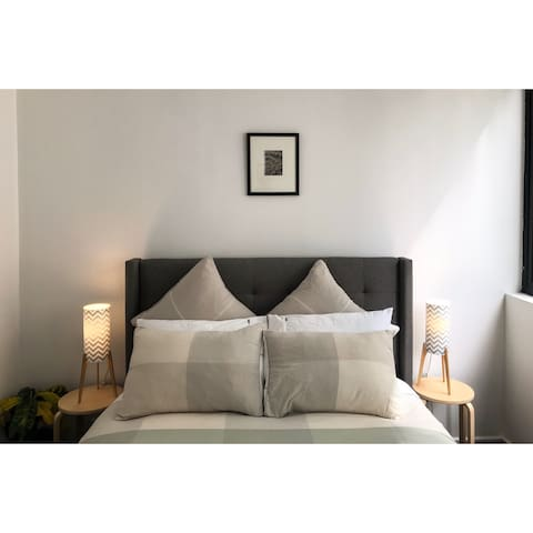 Stylish light filled 1 bdrm apartment Collingwood