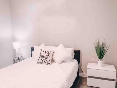 Cozy - modern - entire little house