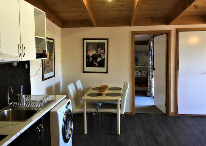 Unit 1 (two bedroom) Dodges Ferry Holiday Rentals
