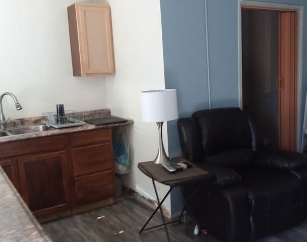 Nice Studio - Comfy, Clean, Private!