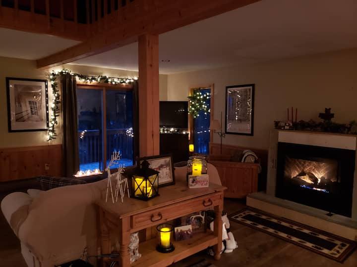 Cozy, comfortable Vermont home near Mt Snow